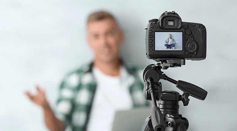 LinkedIn Blog Image Of Man Taking a Selfie Video