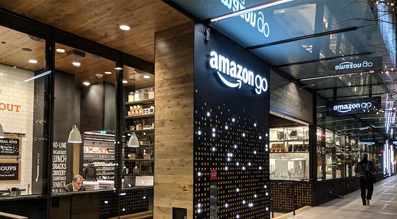 Mobile eCommerce Amazon Go Photo